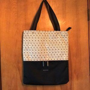Sherpani tote bag